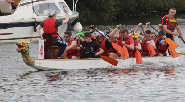 Oarsome Haslams Team raise over £890 for Launchpad – Preventing Homelessness in Reading Thumbnail